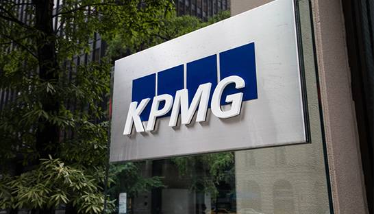 Canadians back continued government stimulus, finds KPMG survey